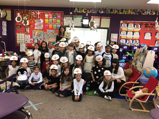 kindergarten-class-at-sierra-canyon-school-for-penguin-day